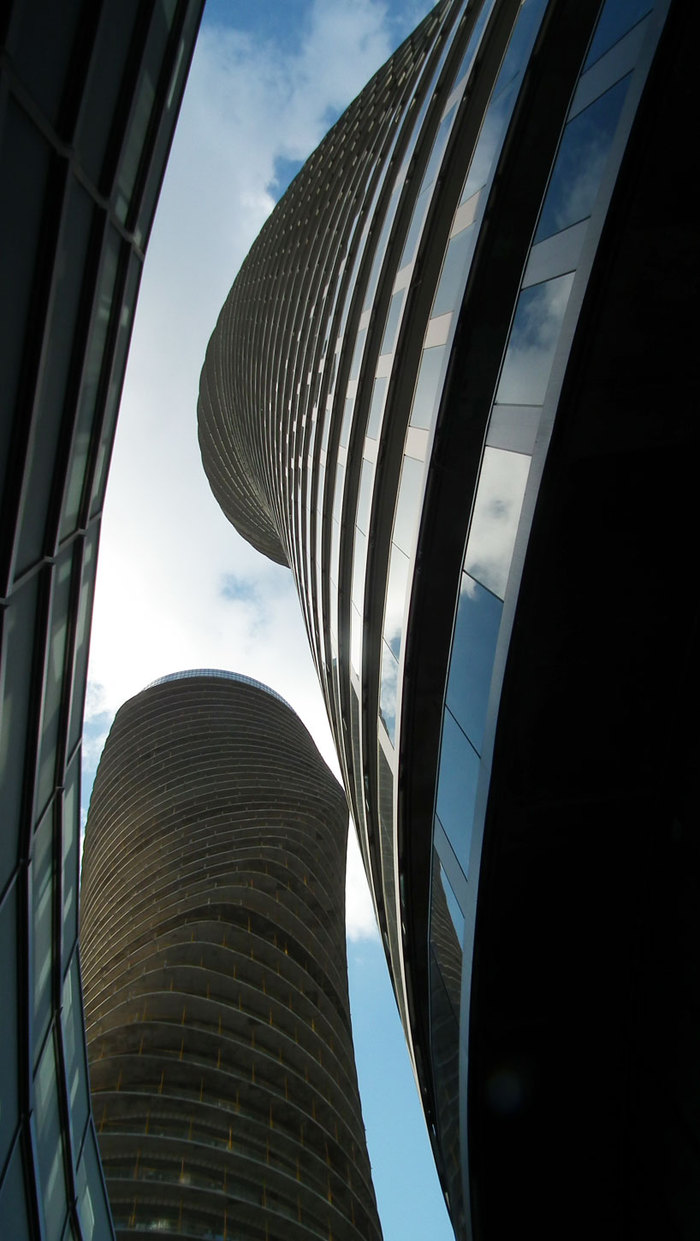 Absolute towers (Торонто)