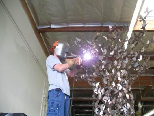 Дэвид Краков - создание скульптуры из металла
