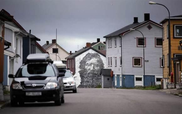 Стрит арт VHILS - Вардо, Норвегия