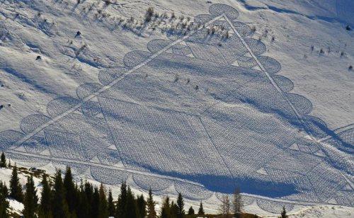 Снежный арт британца Саймона Бэка