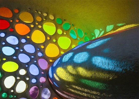 Разноцветные витражи — игра красок