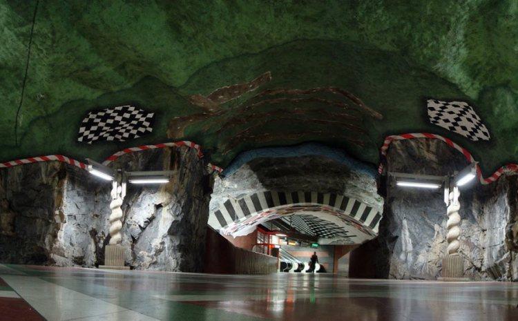 Стокгольмский метрополитен (Stockholms tunnelbana).