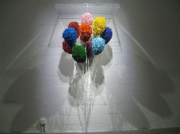 Воздушные шарики из пуговиц, работа Augusto Esquivel