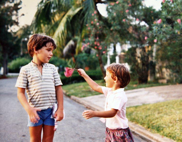 Снимок из детства талантливого многопрофильного художника Бена Гейне.