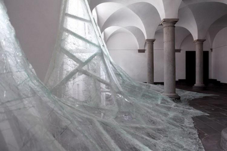 Инсталляция Aerial, Baptiste Debombourg