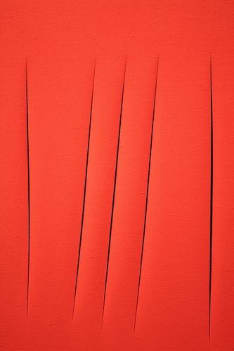 «Концепция пространства, ожидание» Лючио Фонтана